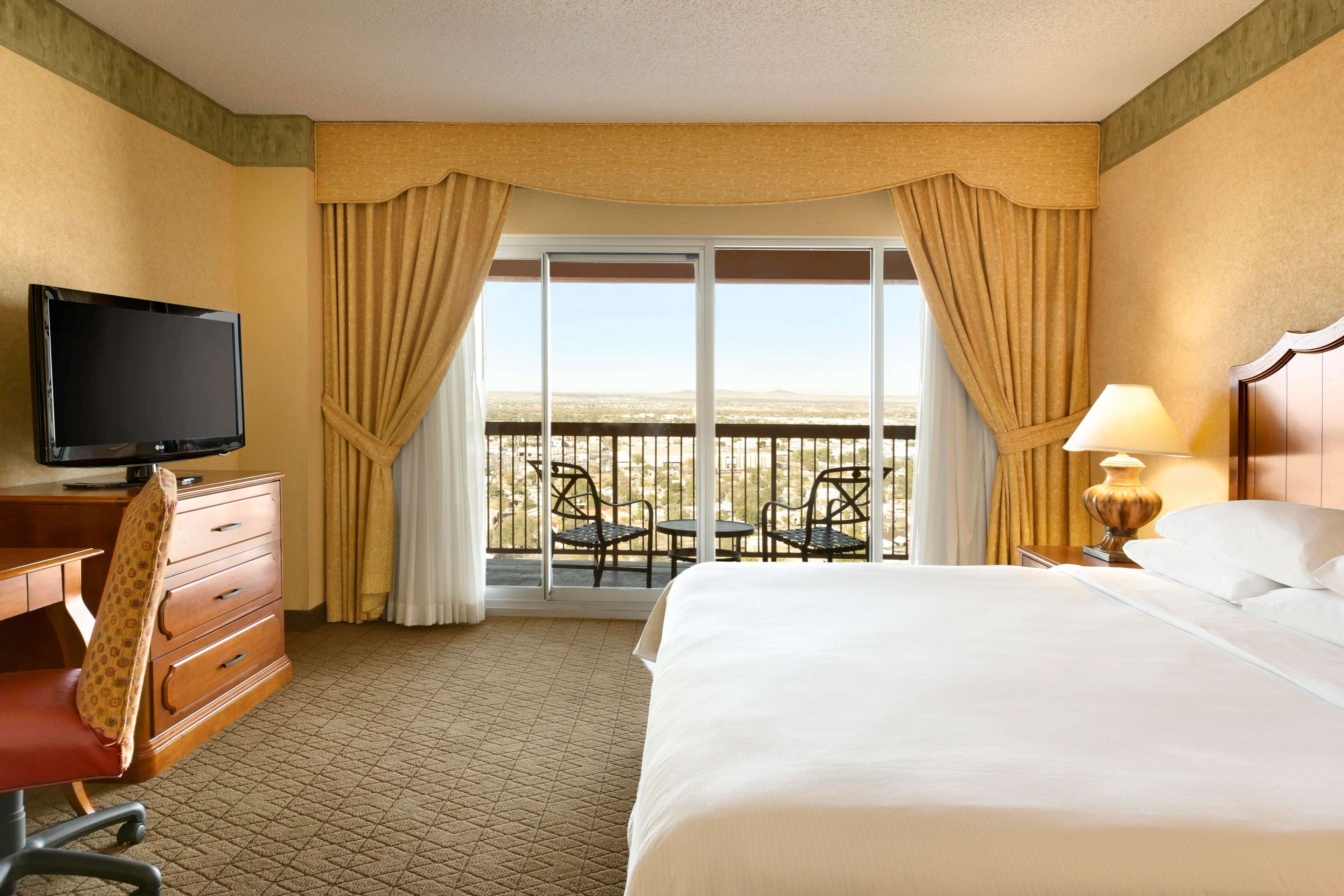 Embassy Suites by Hilton Albuquerque Hotel & Spa image 24