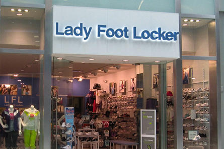 Shoe Stores In Jersey Gardens Mall
