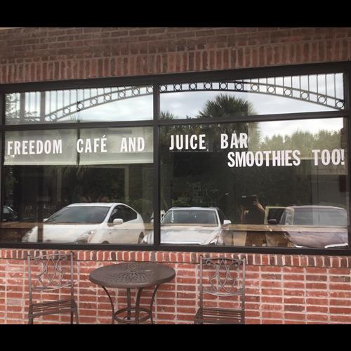 Freedom Juice And Smoothie Cafe image 10