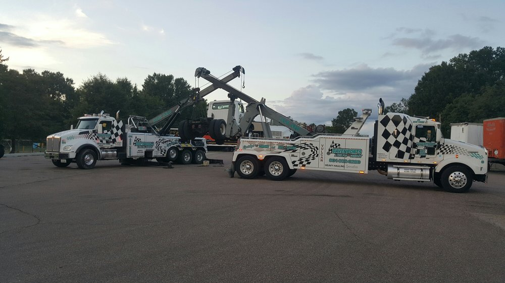 Our heavy duty towing drivers showing off