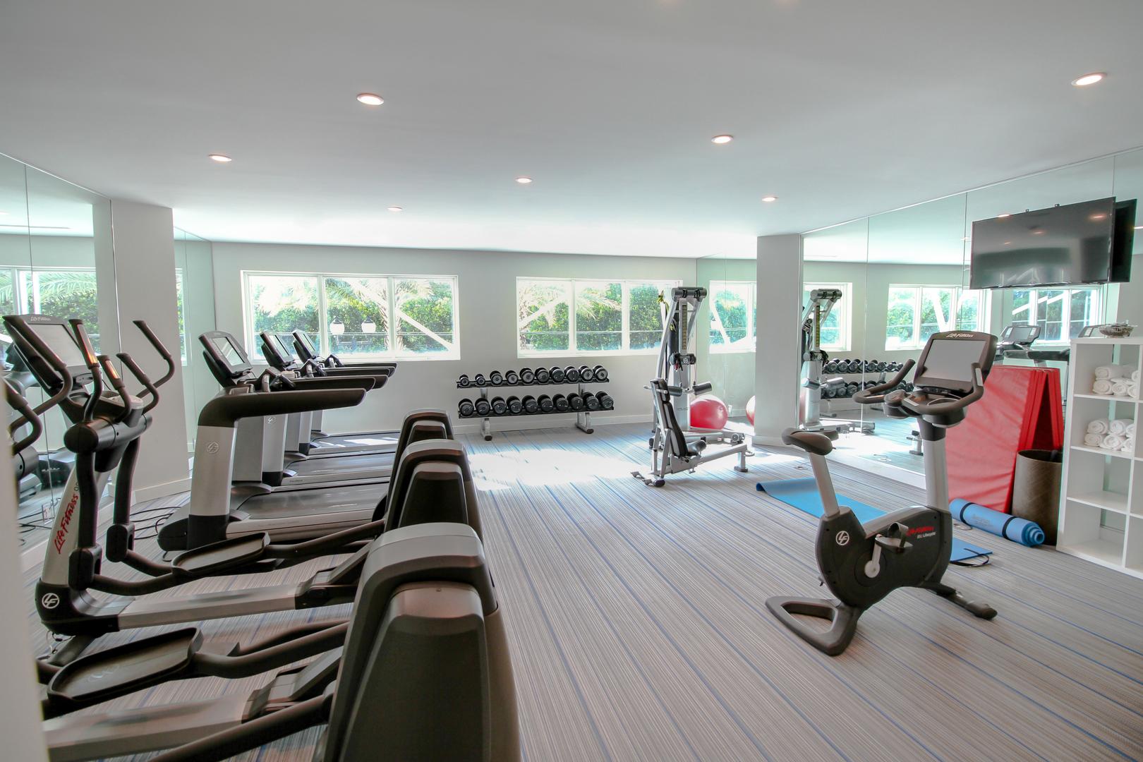 B Ocean Resort Fort Lauderdale image 5
