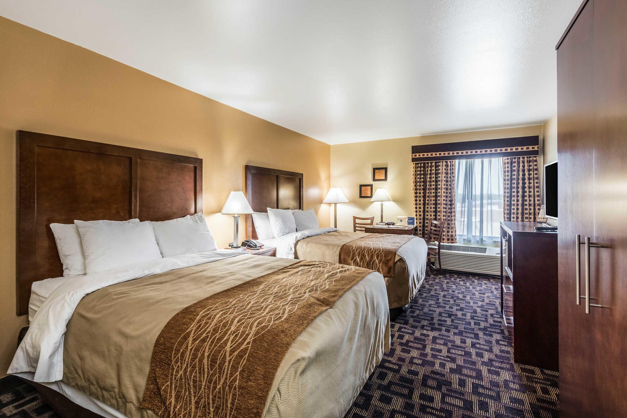 Comfort Inn & Suites North Aurora - Naperville image 12