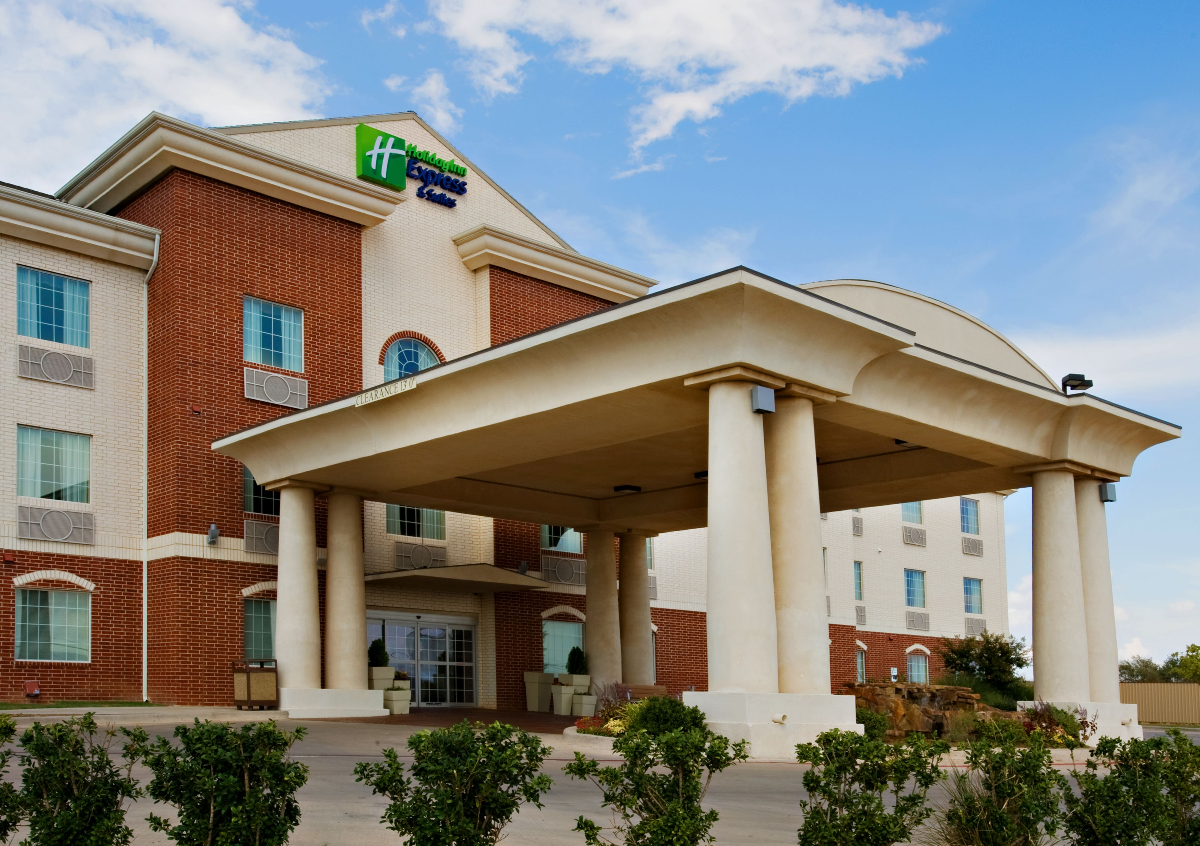 Holiday Inn Express & Suites Lenoir City (Knoxville Area) image 5