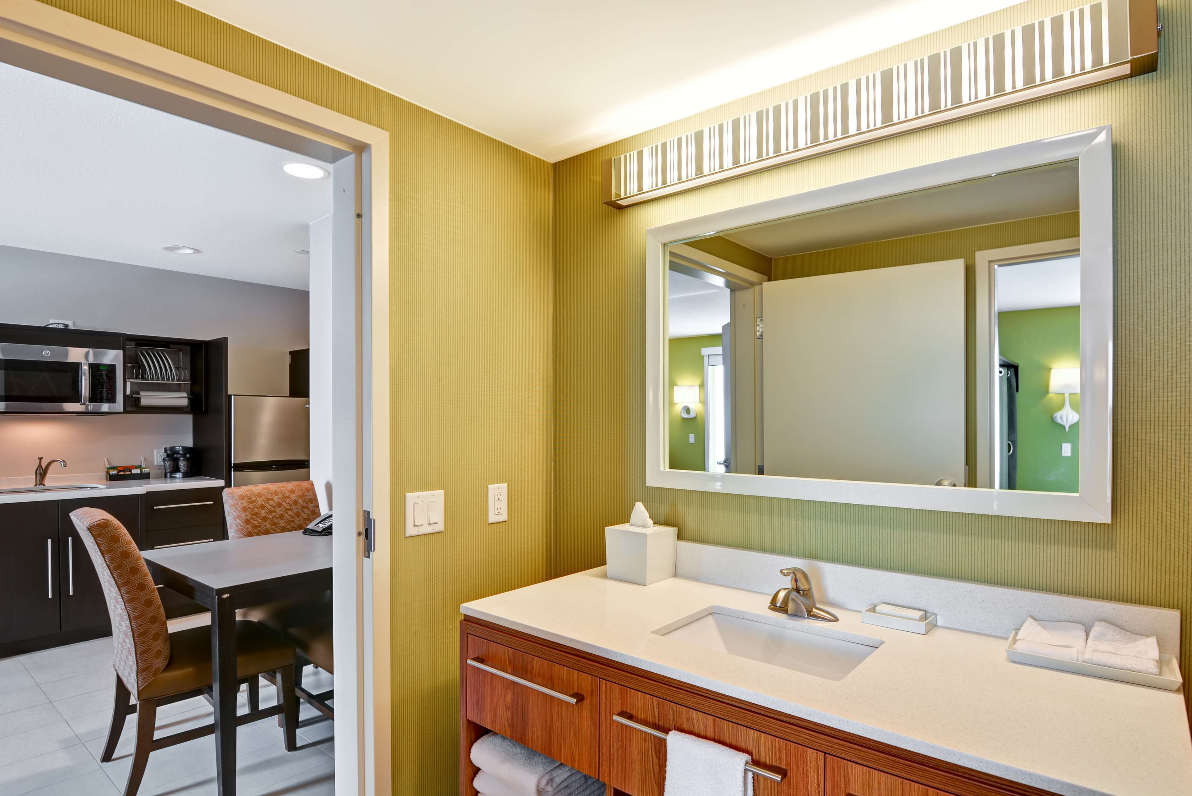 Home2 Suites by Hilton Green Bay image 18