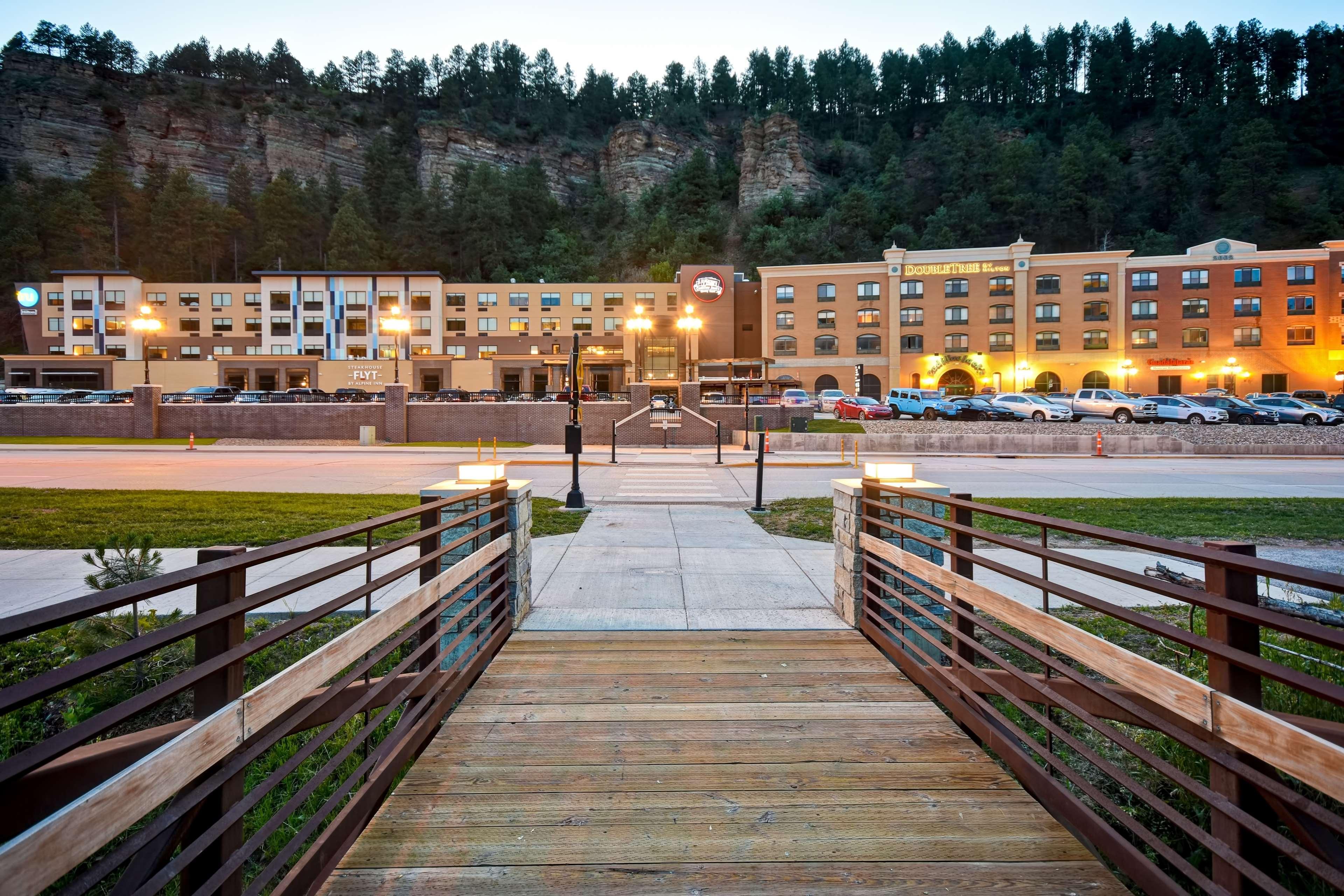 Tru by Hilton Deadwood image 6