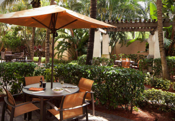 Courtyard by Marriott Fort Lauderdale Airport & Cruise Port image 4