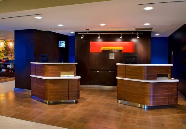 Courtyard by Marriott Boston Foxborough/Mansfield image 2