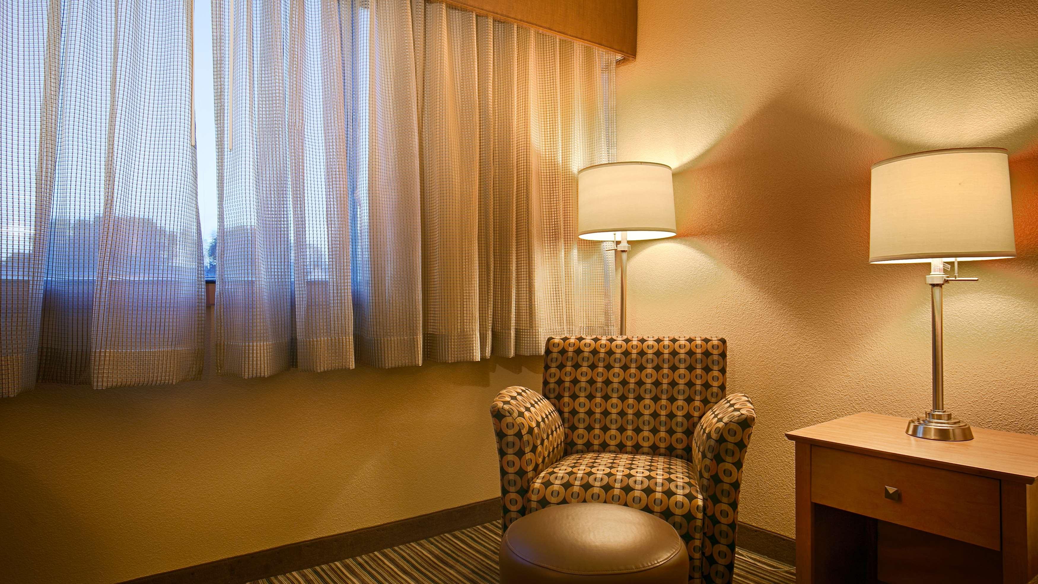 Best Western Plus Reading Inn & Suites image 15