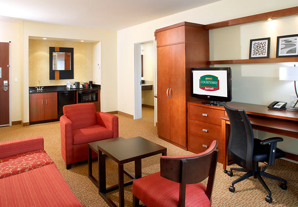 Courtyard by Marriott Pittsburgh Airport Settlers Ridge image 4