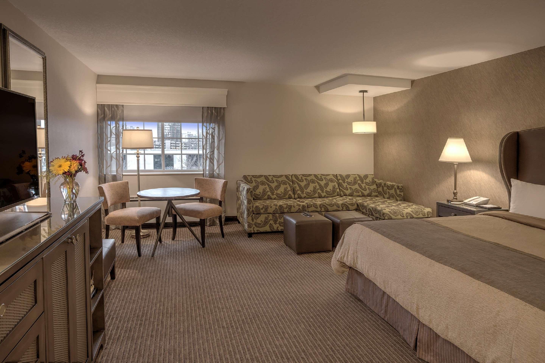 Best Western Plus The Normandy Inn & Suites image 9
