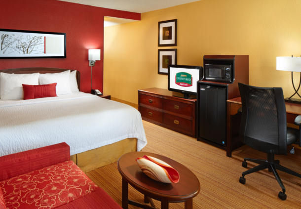 Courtyard by Marriott Tulsa Central image 6