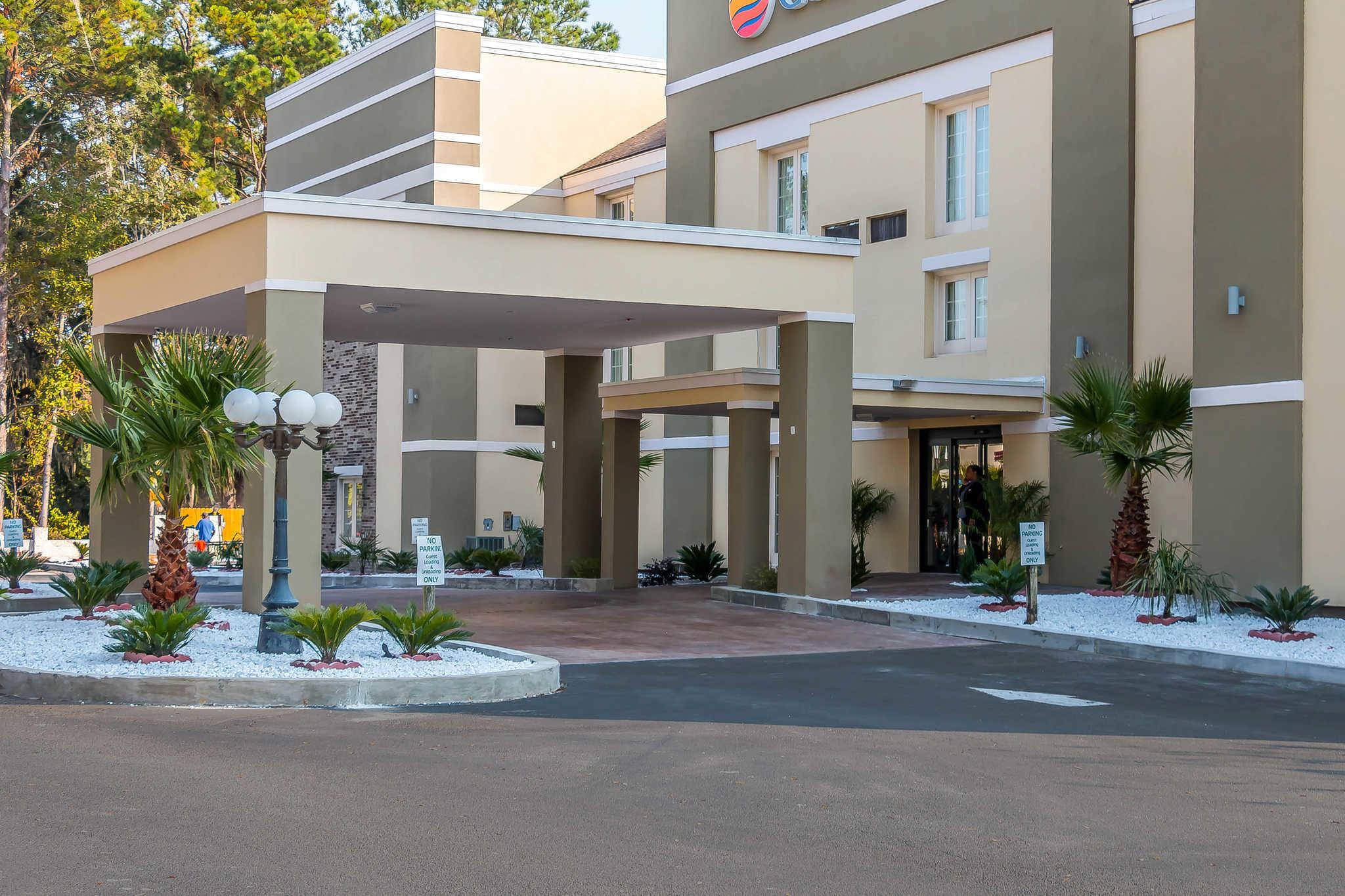 Hotels Near Savannah Civic Center