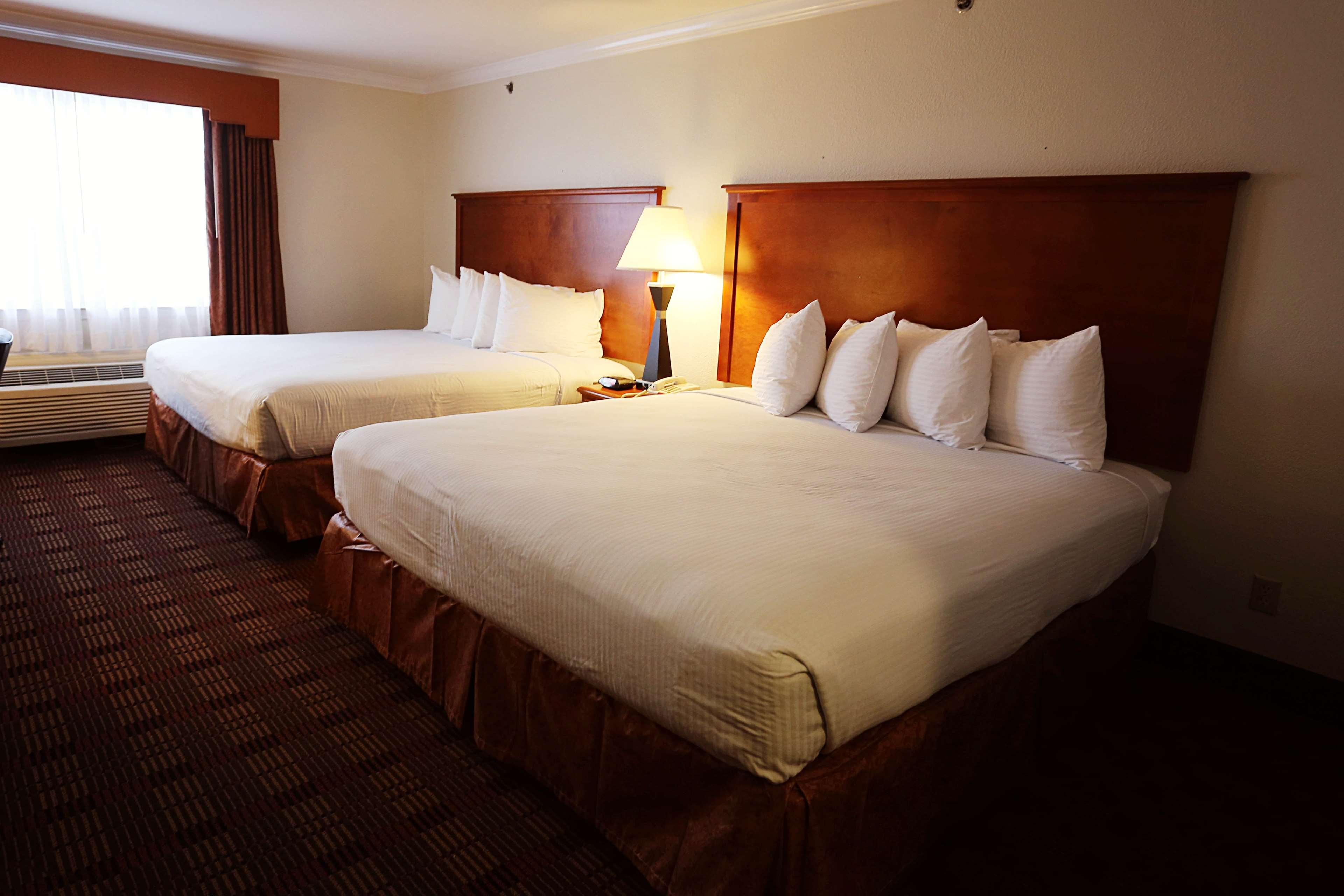 Best Western Club House Inn & Suites image 21