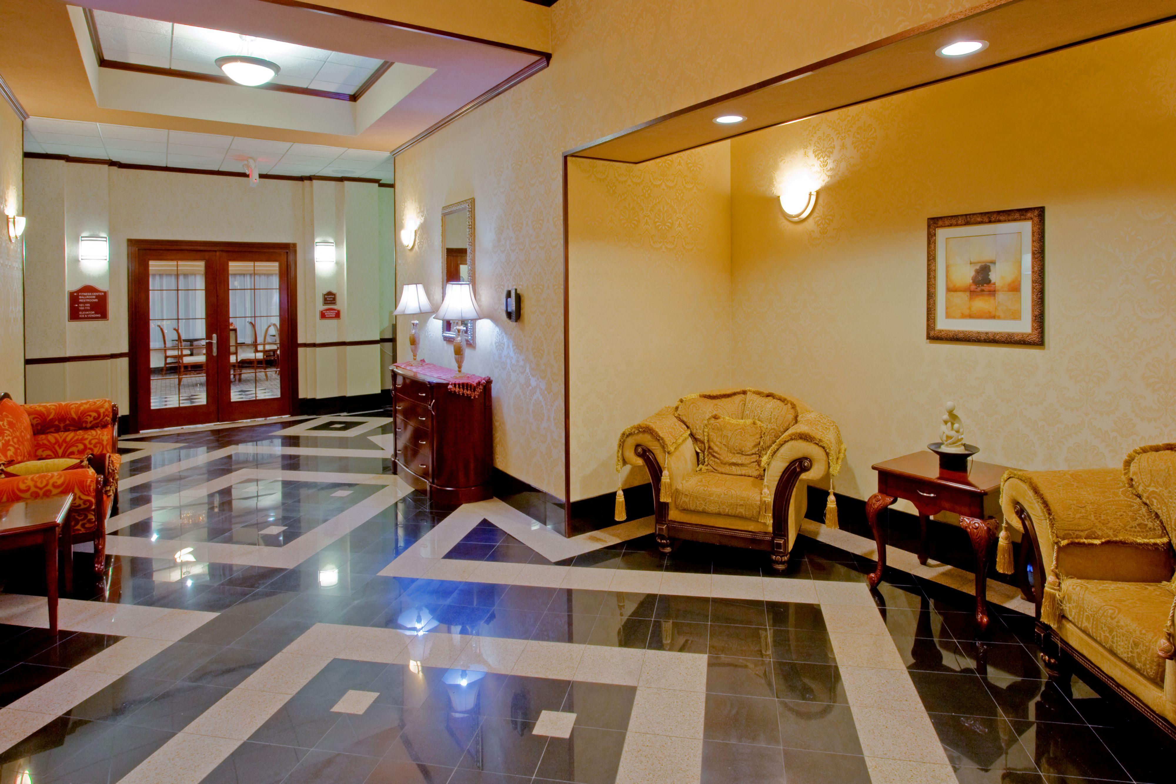 Holiday Inn Express & Suites Newton Sparta image 4