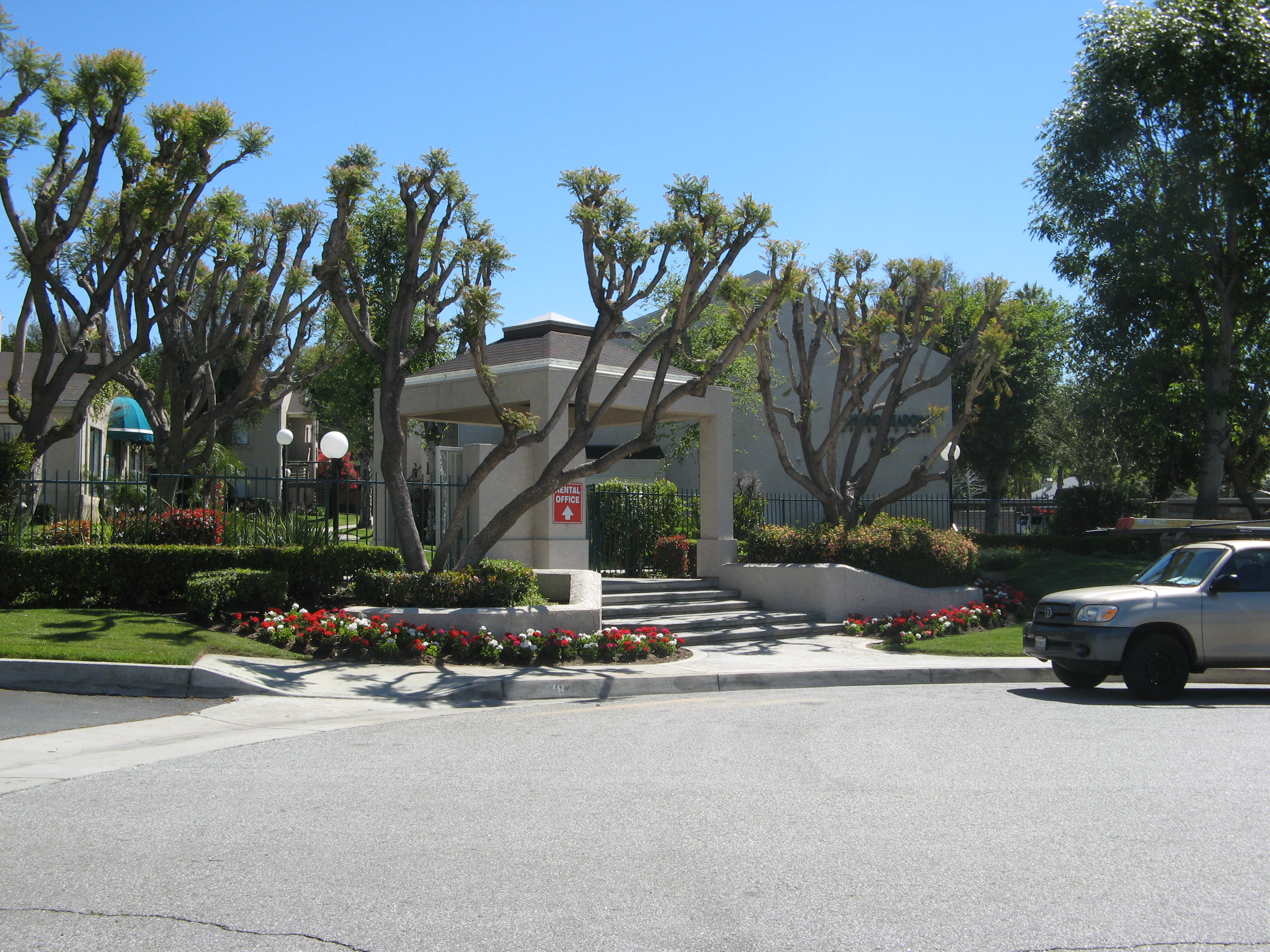Highland Meadows Apartments image 1
