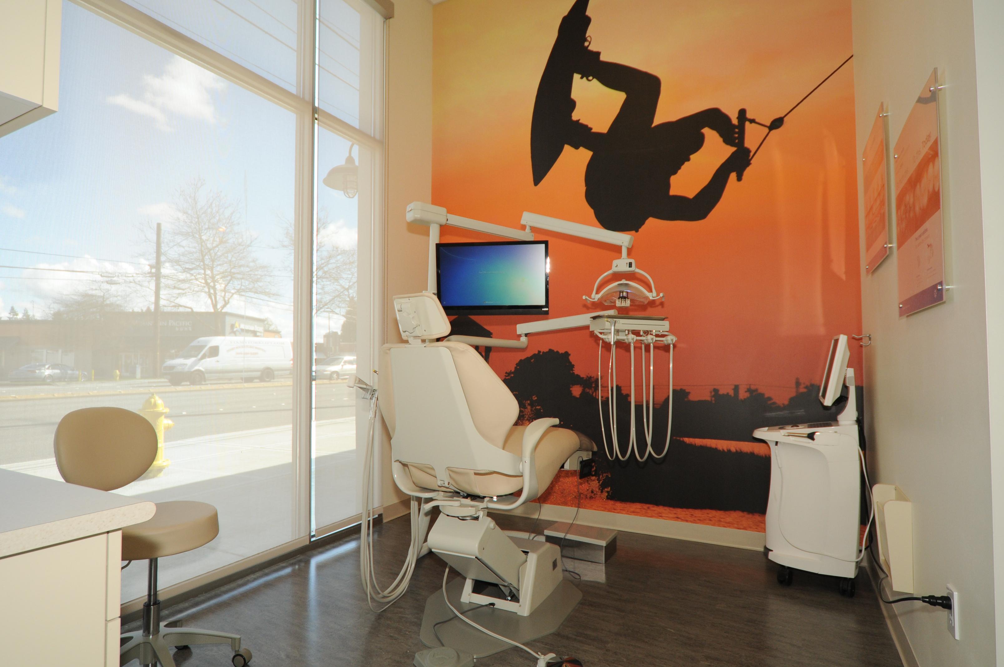Lynnwood Crossroads Modern Dentistry and Orthodontics image 5