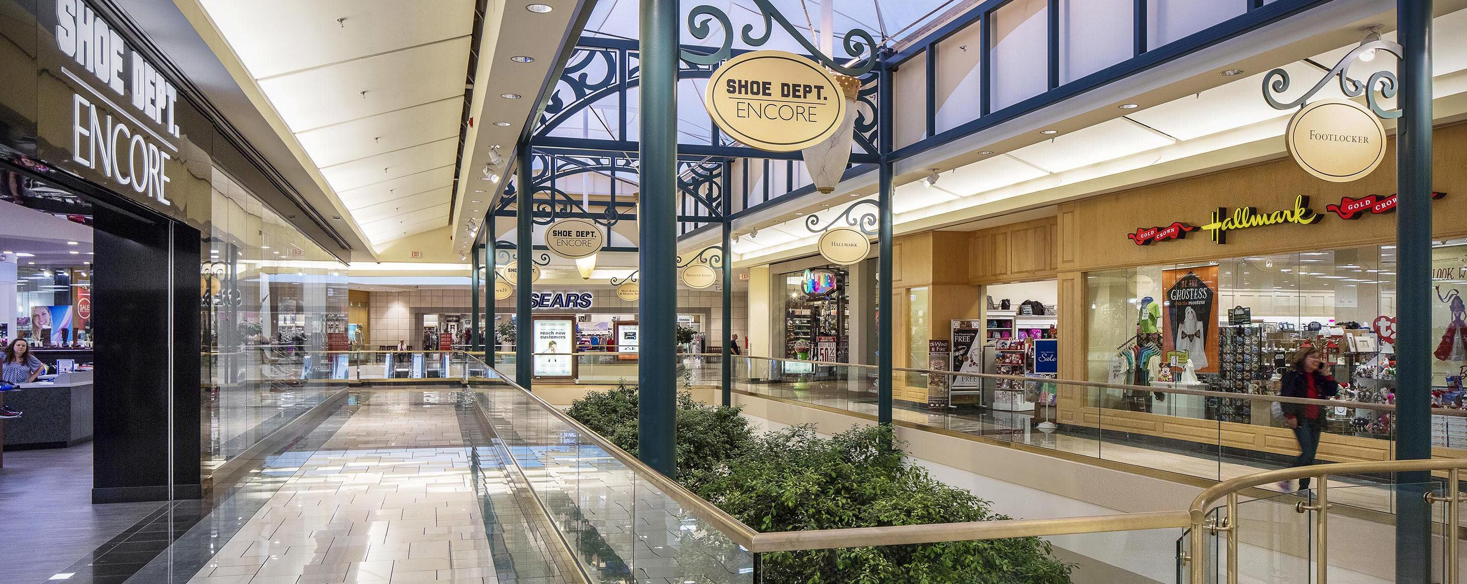 The Shoppes at Buckland Hills image 5