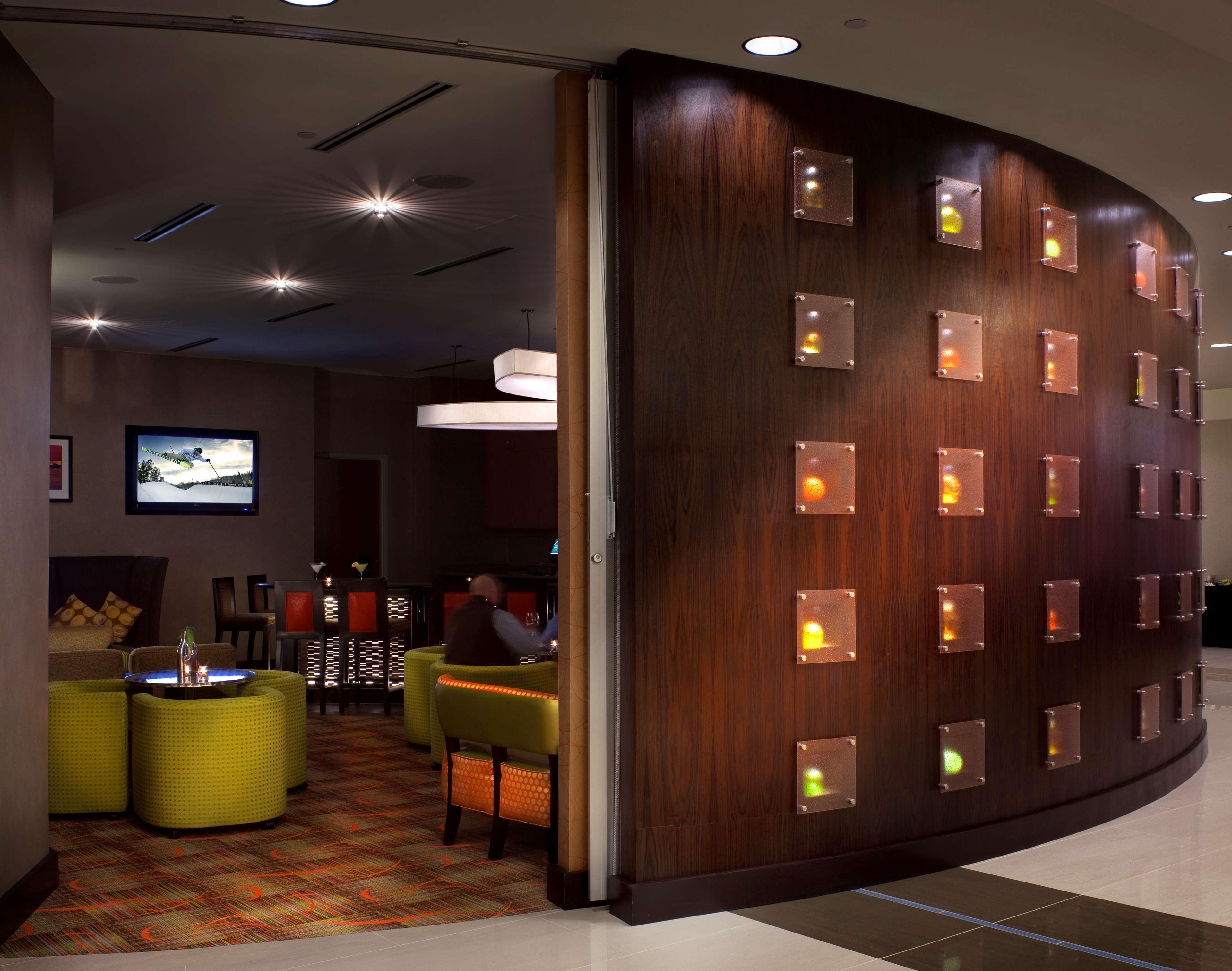 Hilton Garden Inn Denver/Cherry Creek image 12