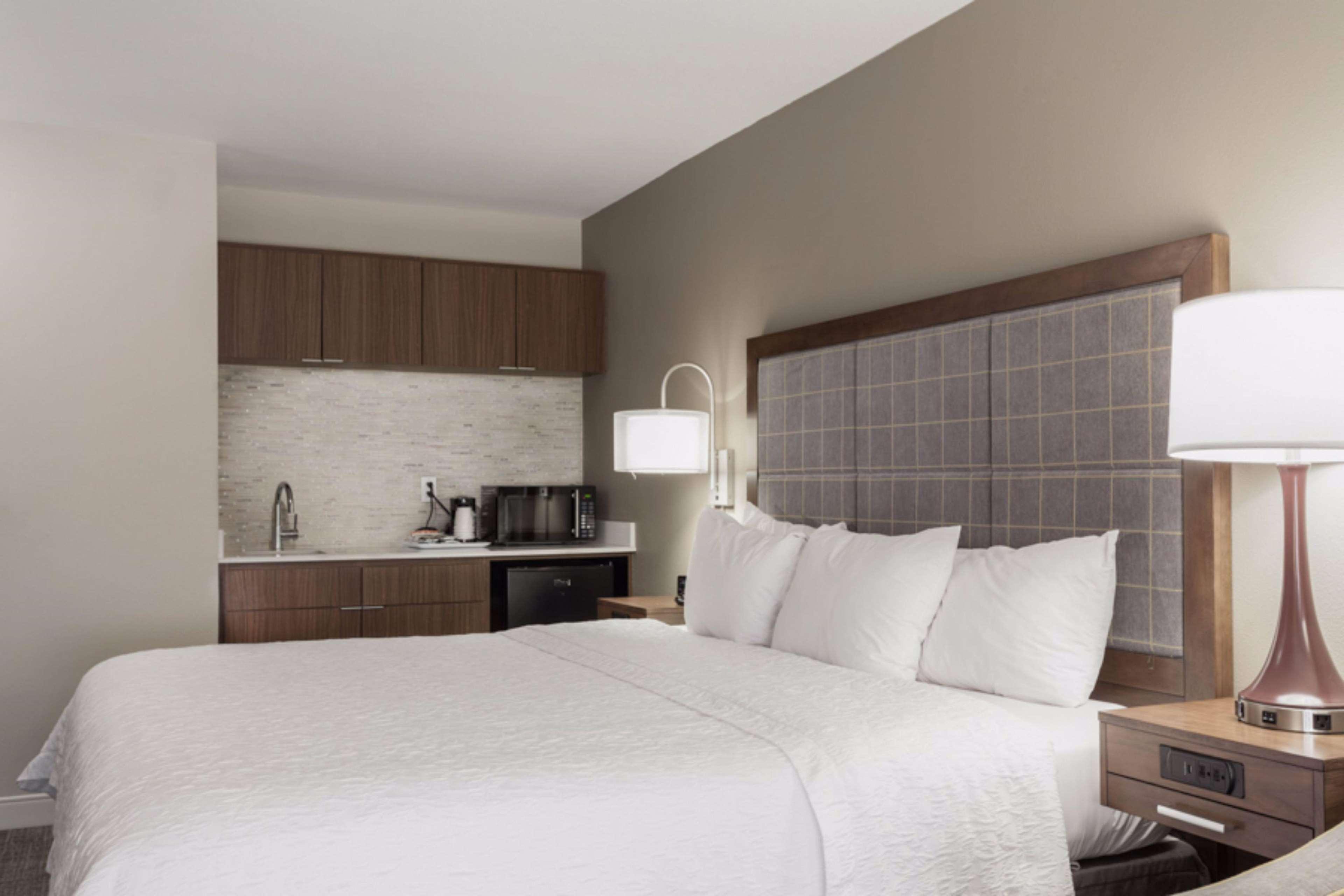 Hampton Inn & Suites Dallas-DFW Airport North-Grapevine in Grapevine, TX, photo #22
