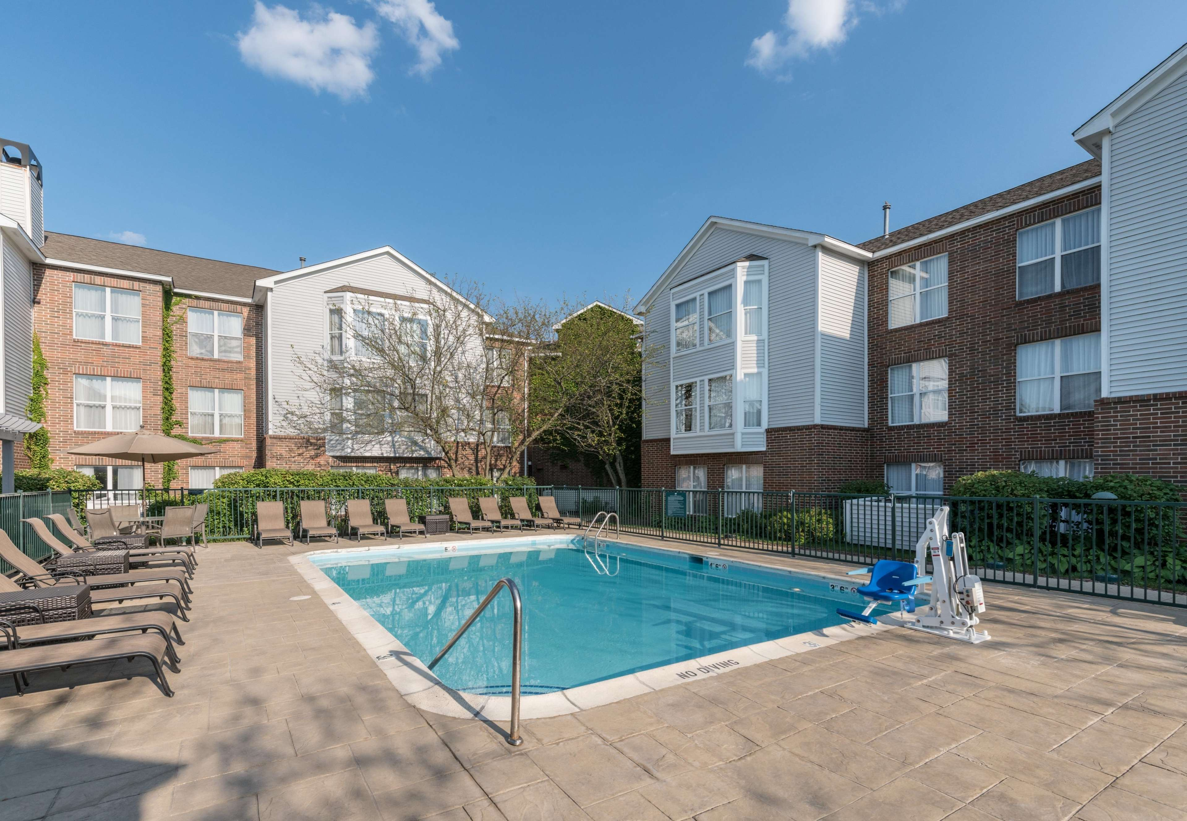 Homewood Suites by Hilton Chicago - Schaumburg 815 East American ...