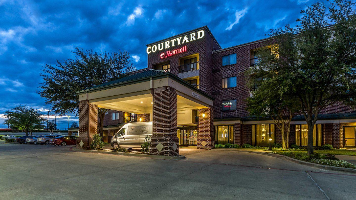 Hotels Near Dfw With Shuttle Service