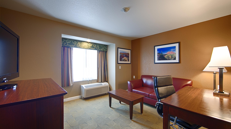 Best Western California City Inn & Suites image 11