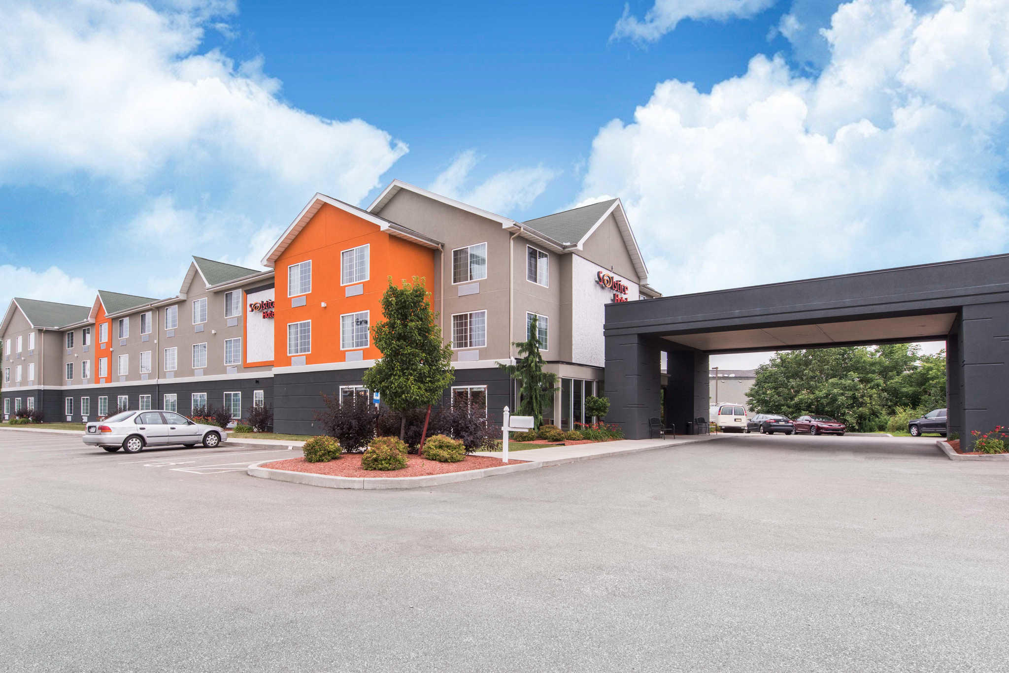 Solstice Hotel, an Ascend Hotel Collection Member image 2