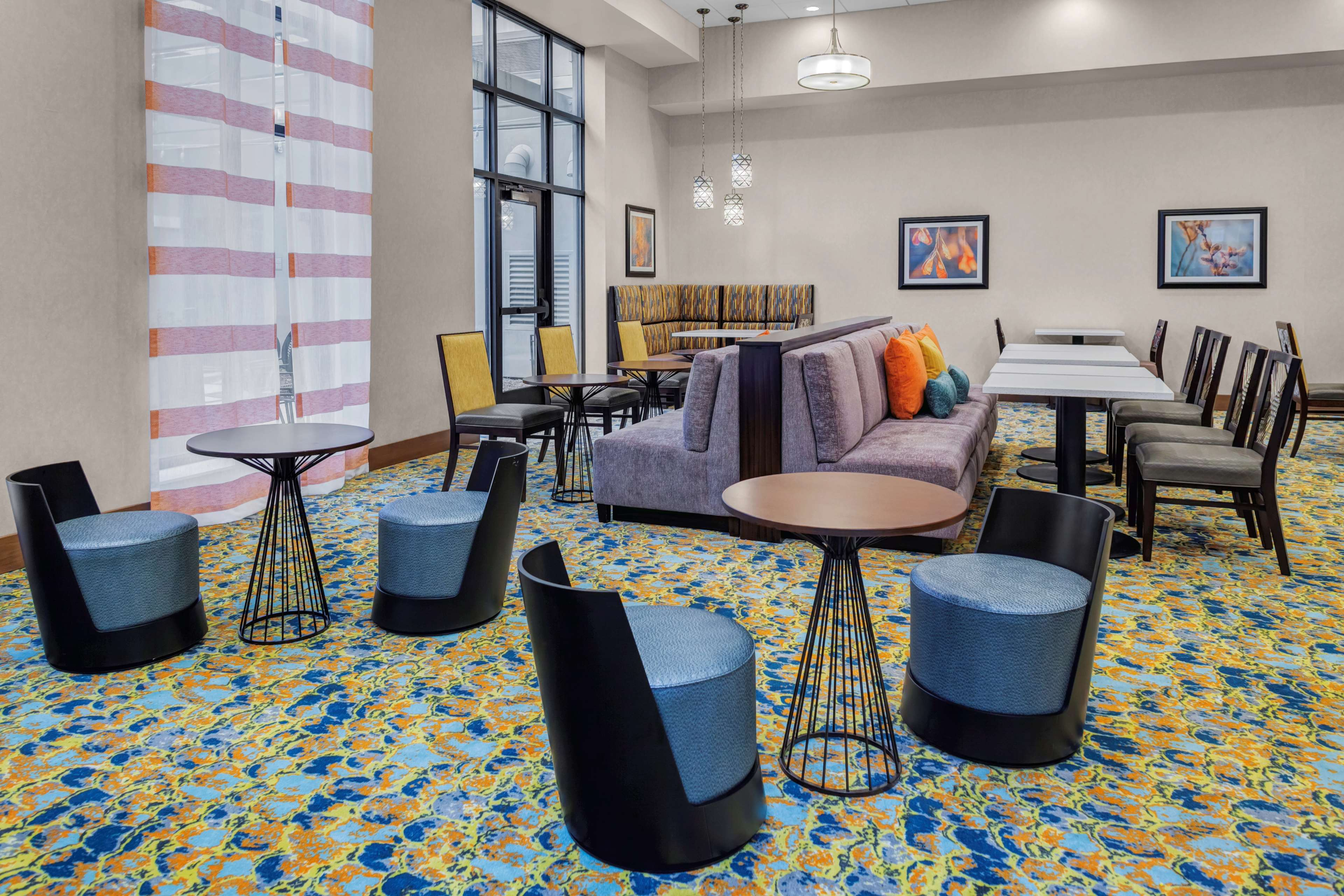 Homewood Suites by Hilton Wauwatosa Milwaukee image 1