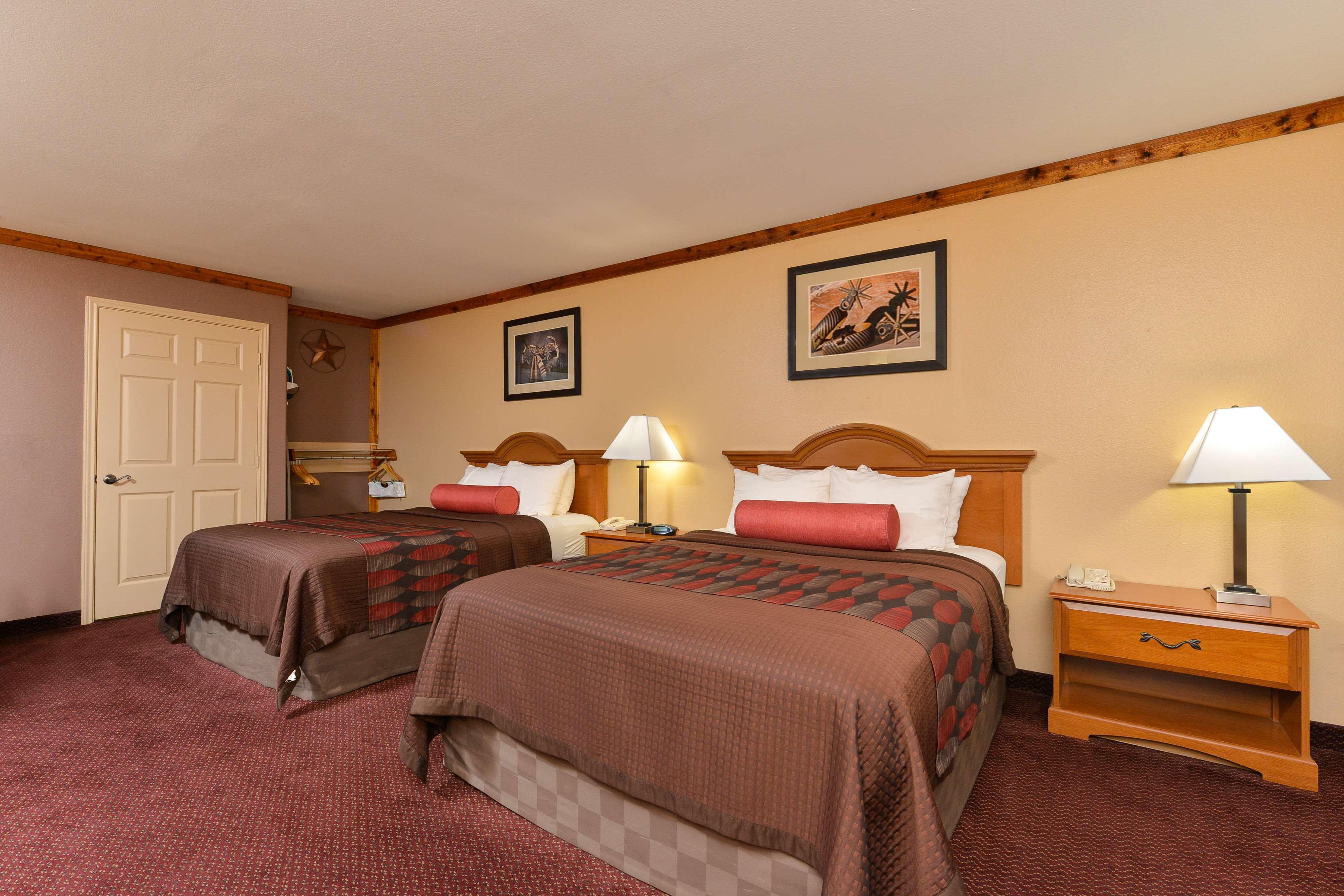 Best Western Windwood Inn & Suites image 31