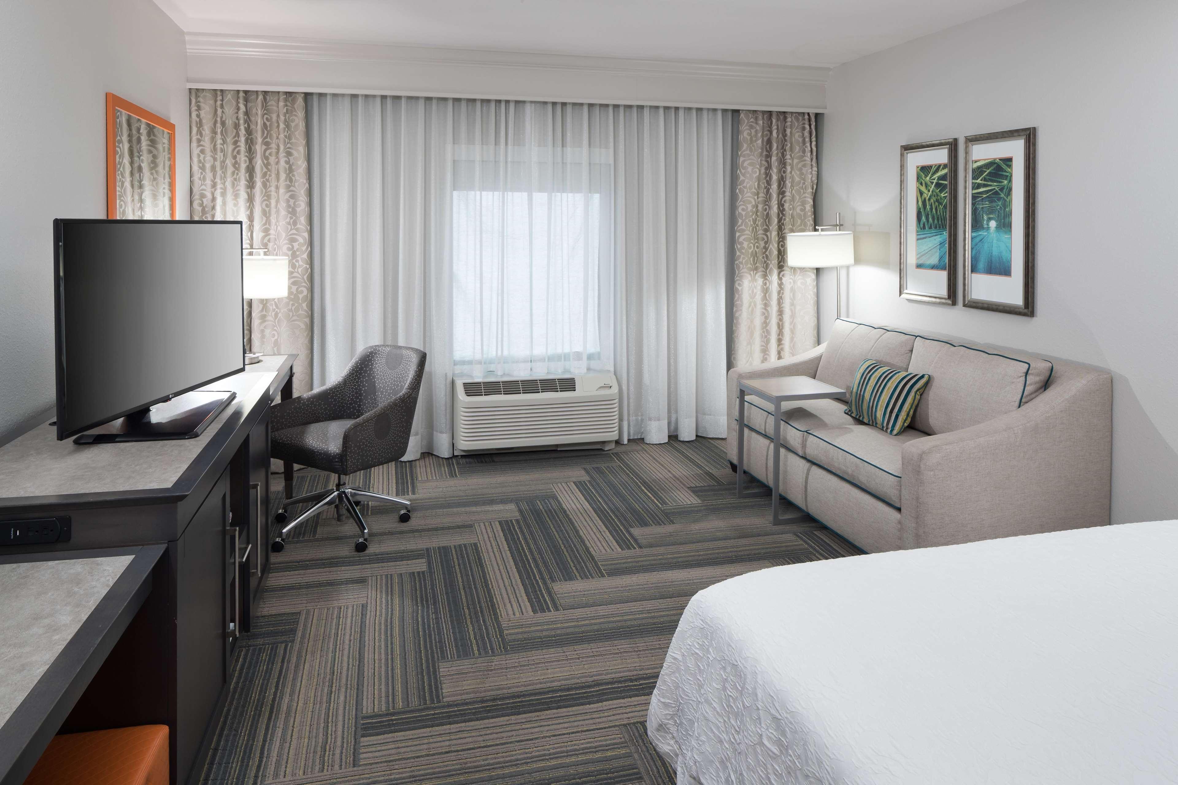 Hampton Inn & Suites by Hilton Atlanta Perimeter Dunwoody image 18