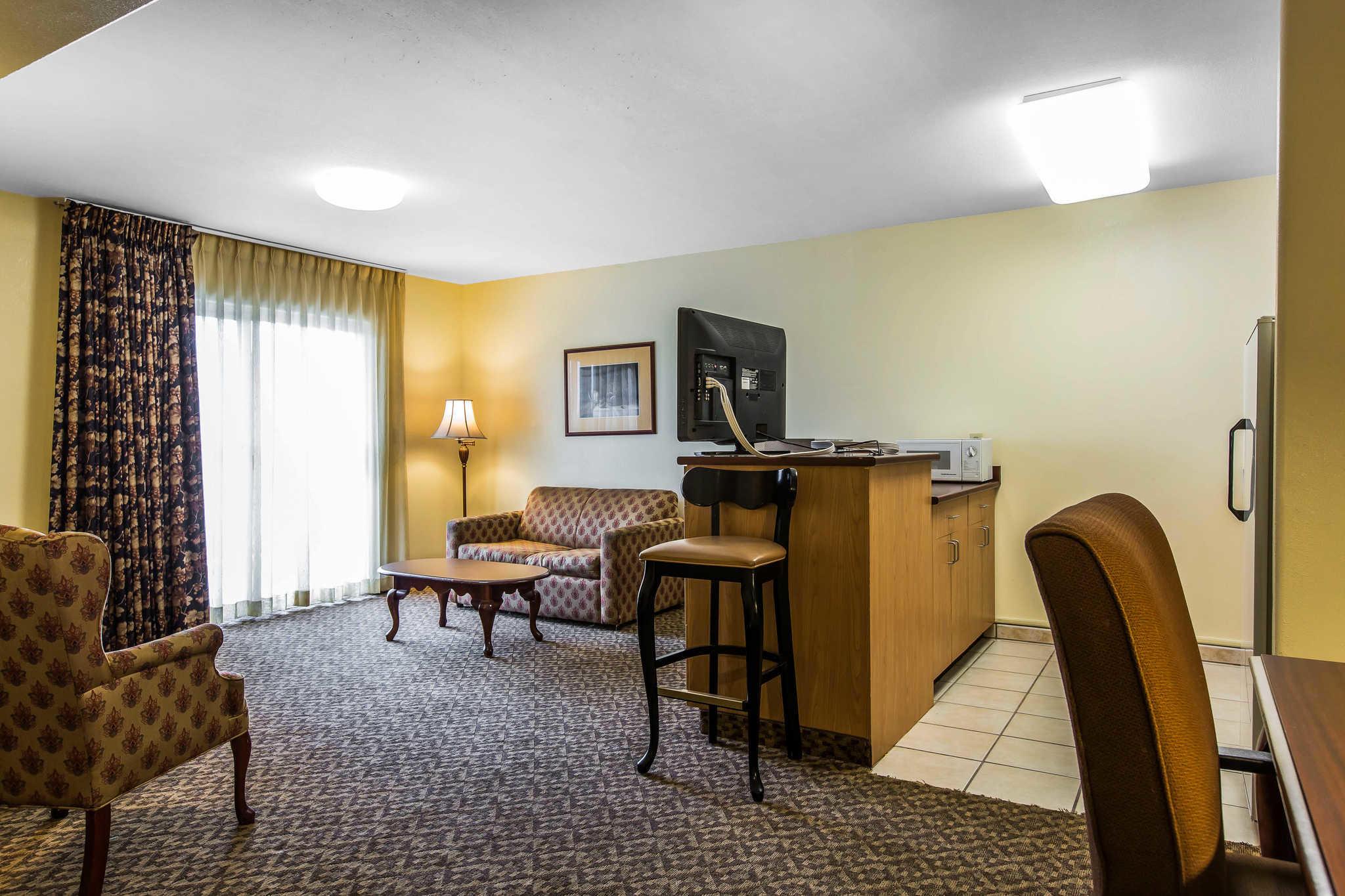 Comfort Inn & Suites El Centro I-8 image 26