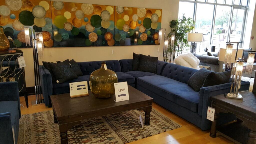 American Signature Furniture image 10
