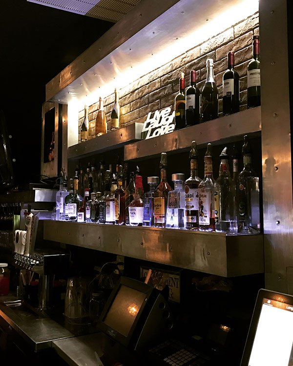 Long Island Brownstown Bistro & Bar image 3