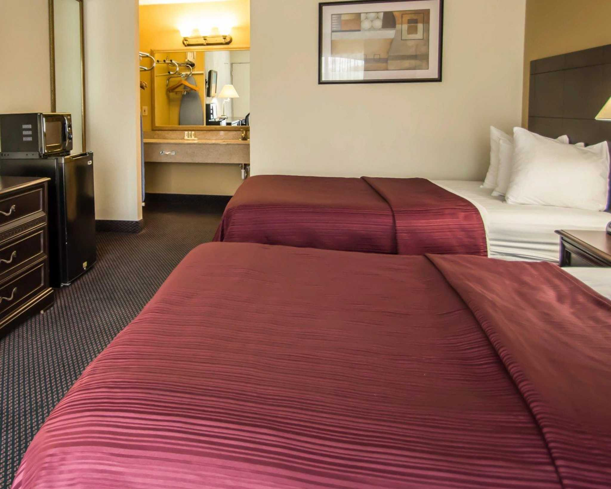Quality Inn I-75 at Exit 399 image 10