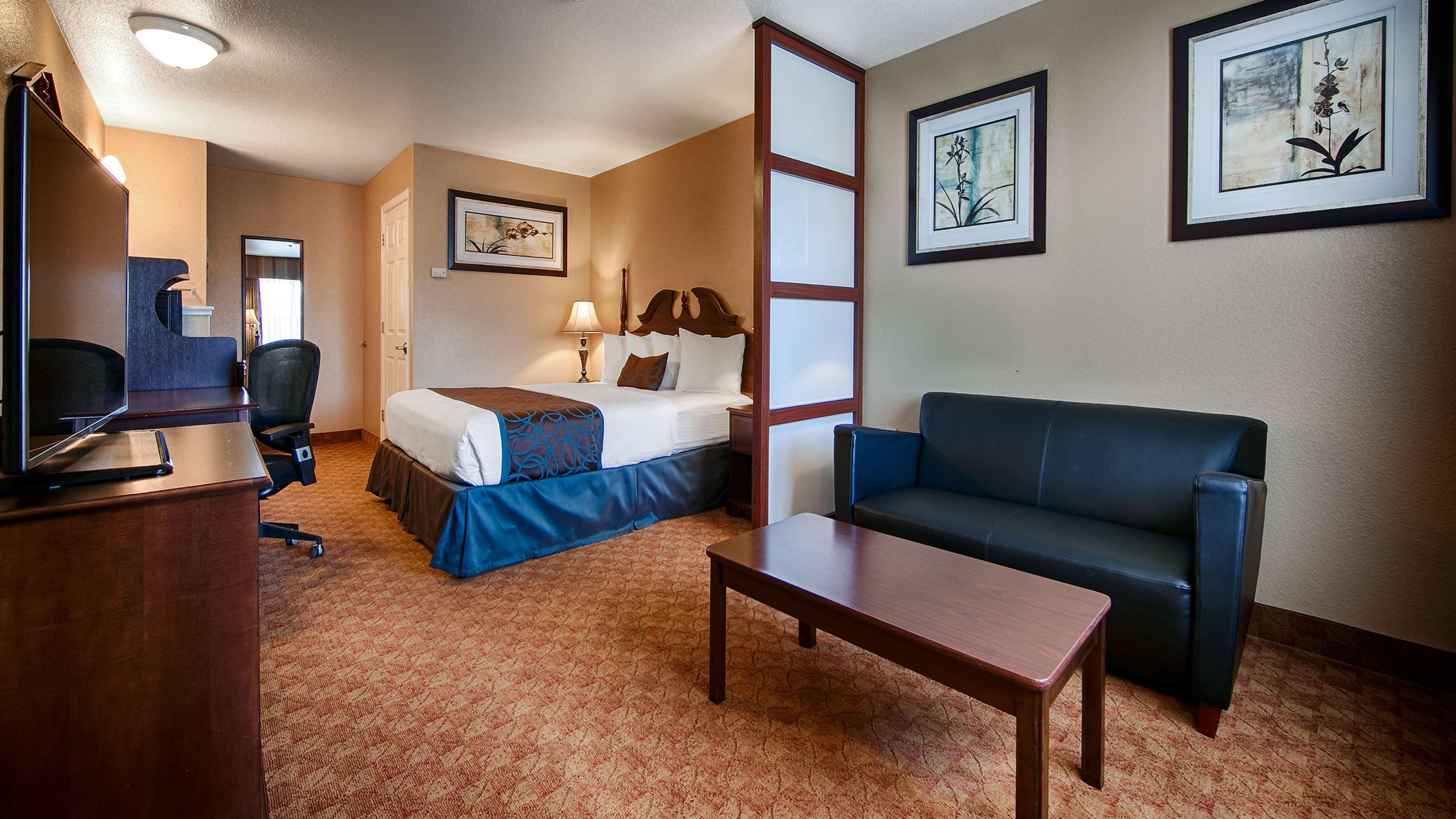 Best Western Fallon Inn & Suites image 15