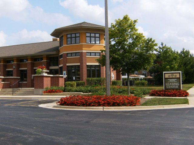 Thornberry Woods Apartment Homes - Naperville, IL 60565 - (630) 579-6900 | ShowMeLocal.com