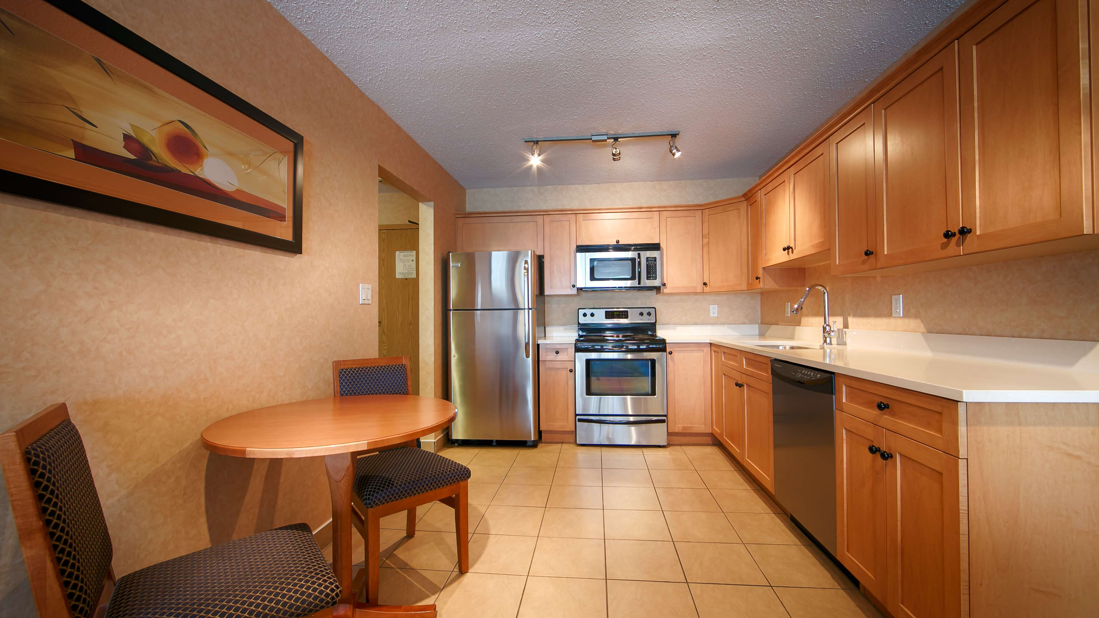 Best Western Plus Langley Inn in Langley: Executive Suite