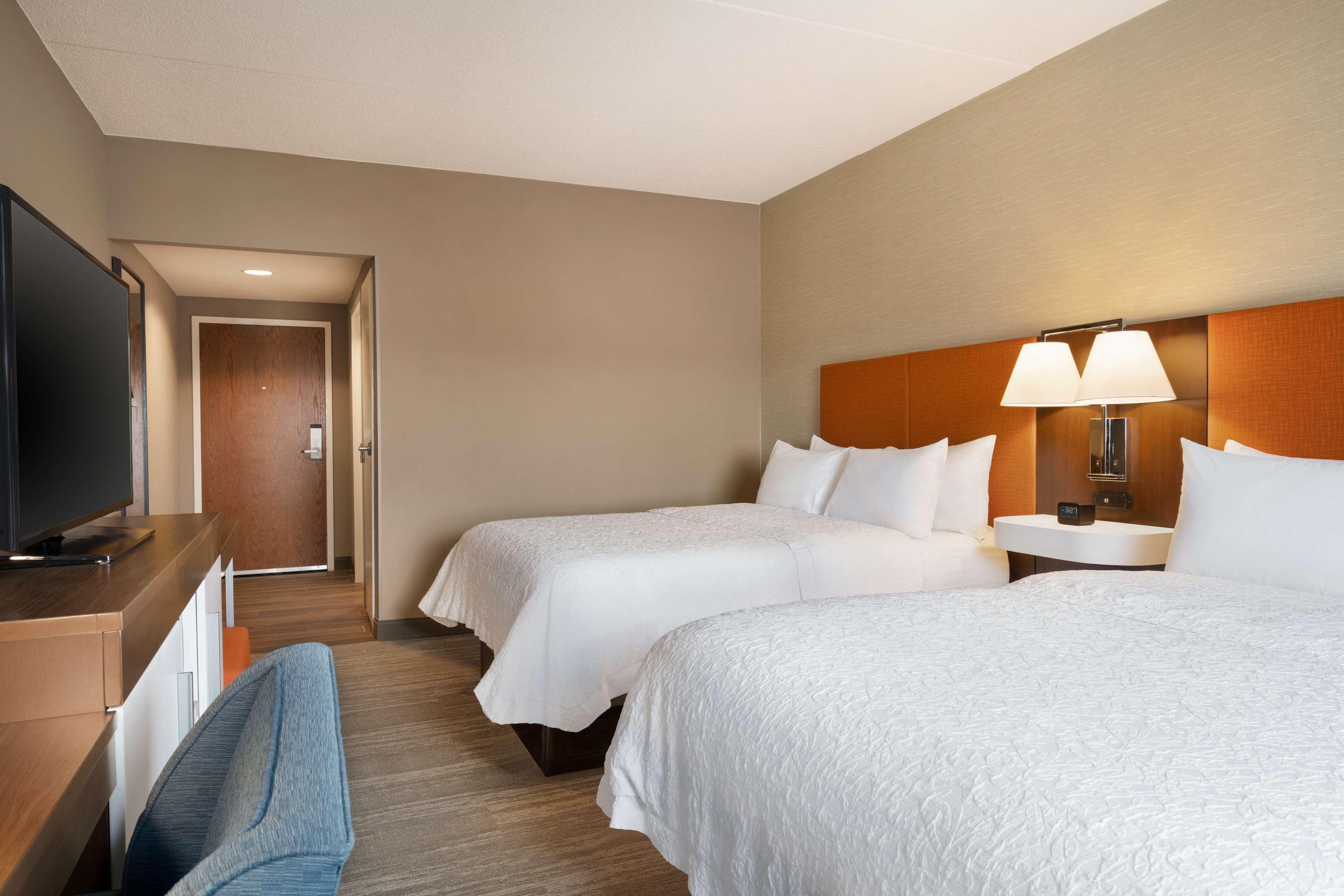Hampton Inn & Suites Ephrata - Mountain Springs image 19