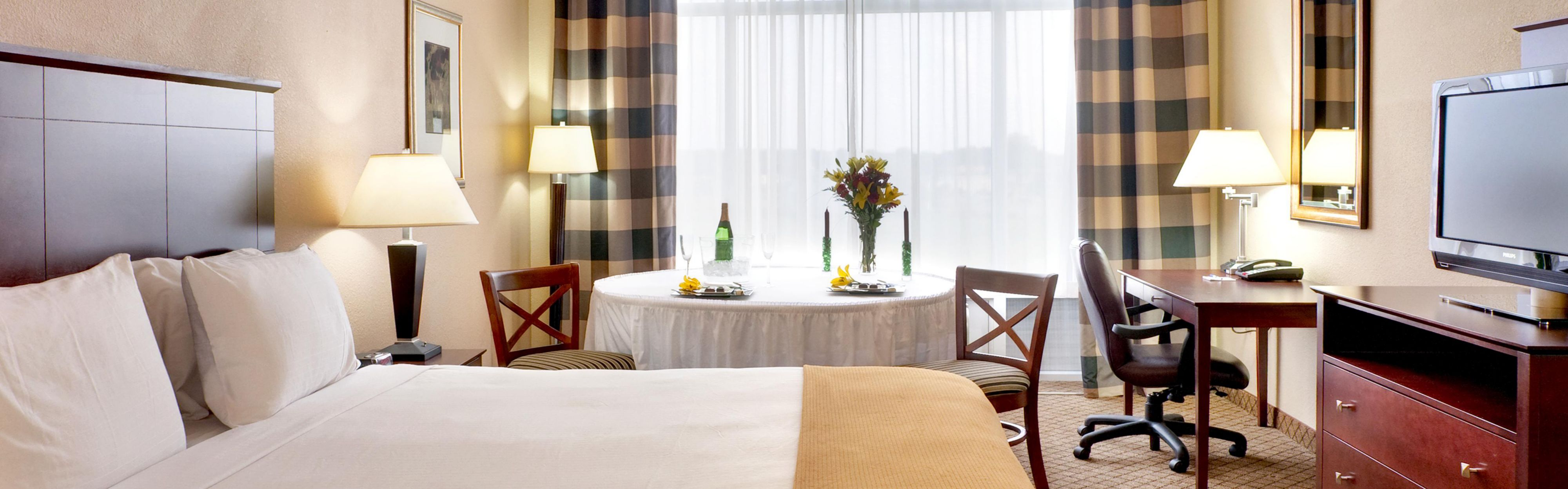 Holiday Inn Express Millington-Memphis Area image 1