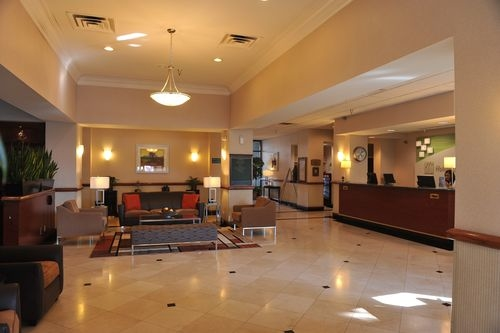 Holiday Inn Palmdale-Lancaster - ad image
