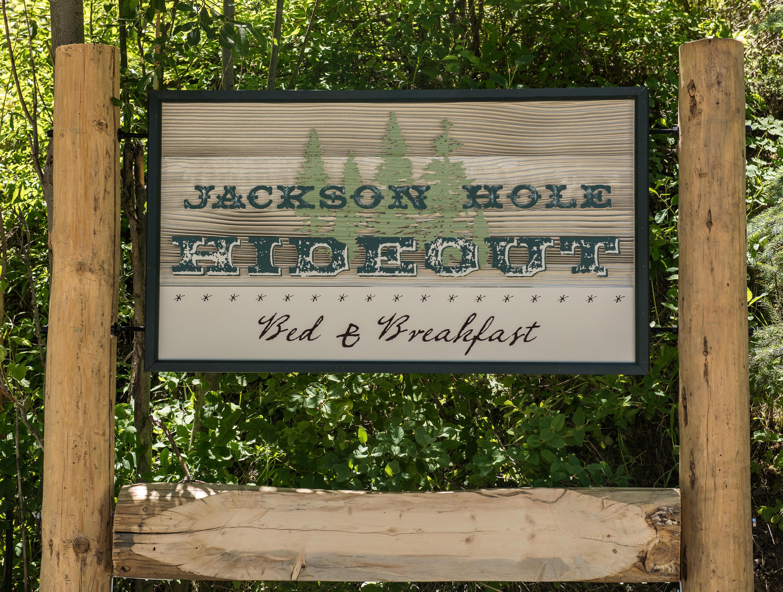 Jackson Hole Hideout image 18