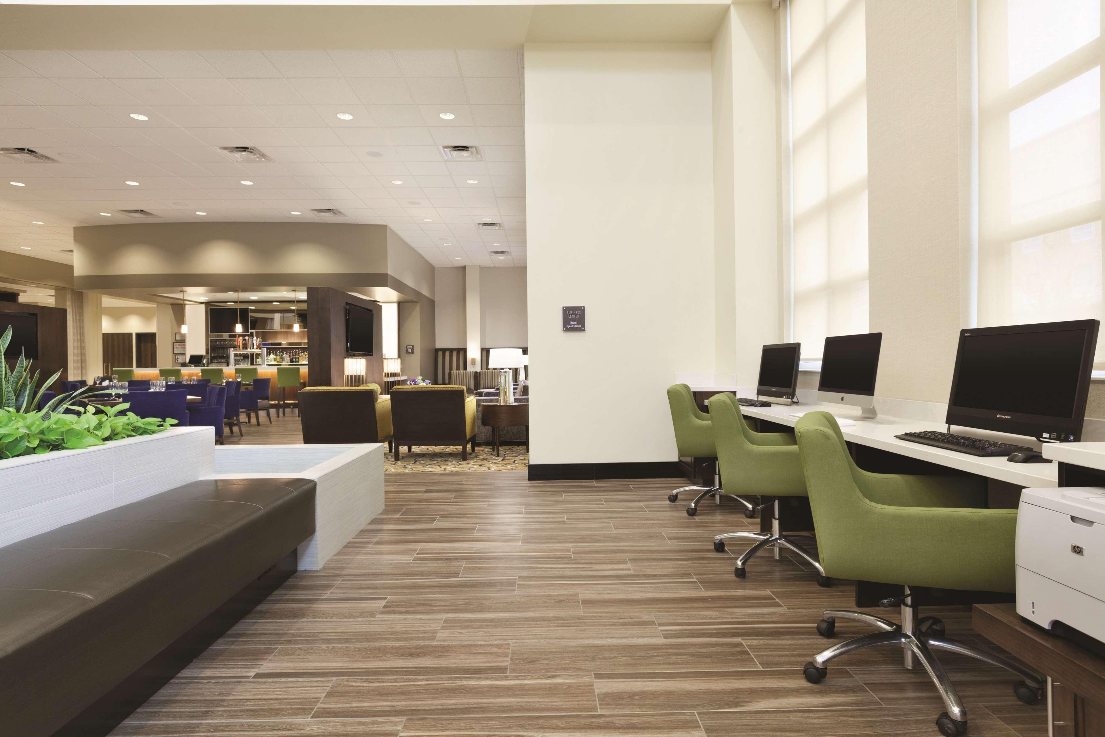 Embassy Suites by Hilton Portland Hillsboro, Oregon image 41