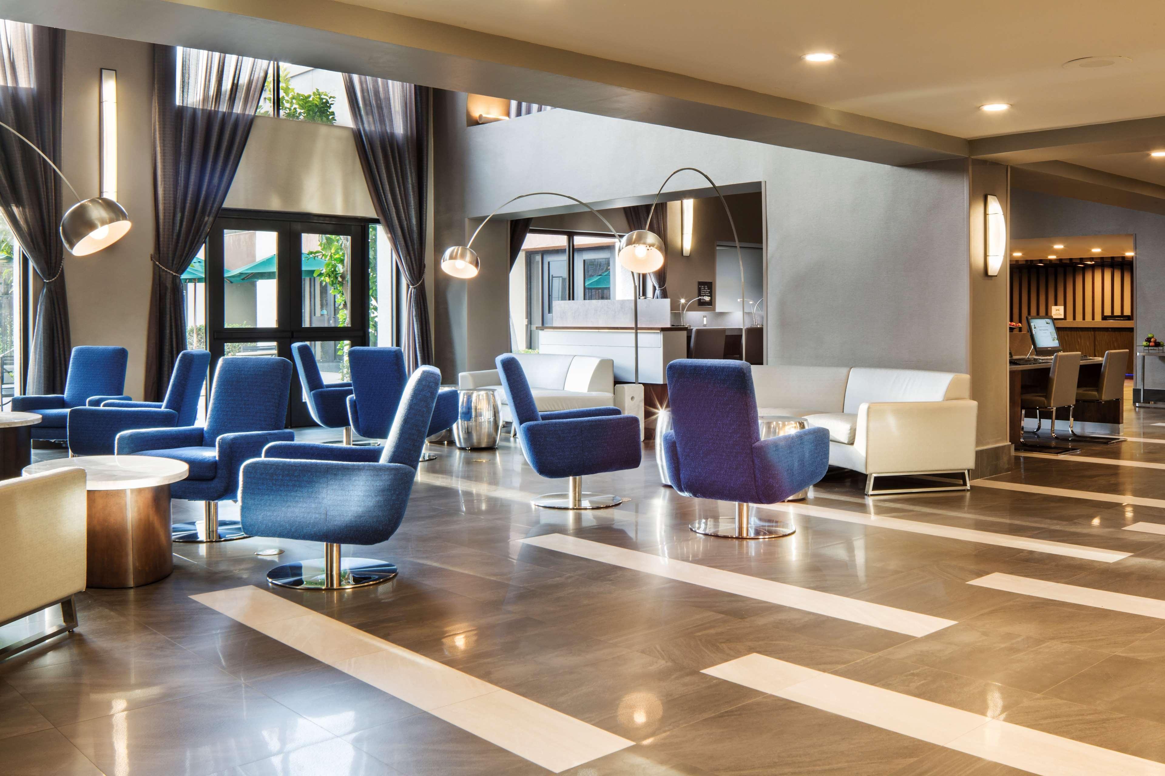 DoubleTree by Hilton Hotel Newark - Fremont image 5