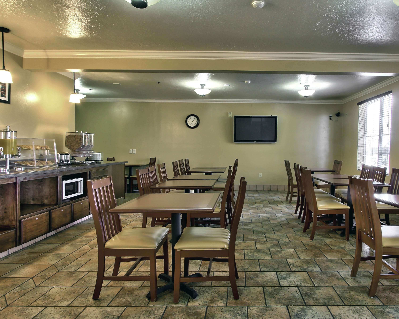 Best Western Plus Salinas Valley Inn & Suites image 3