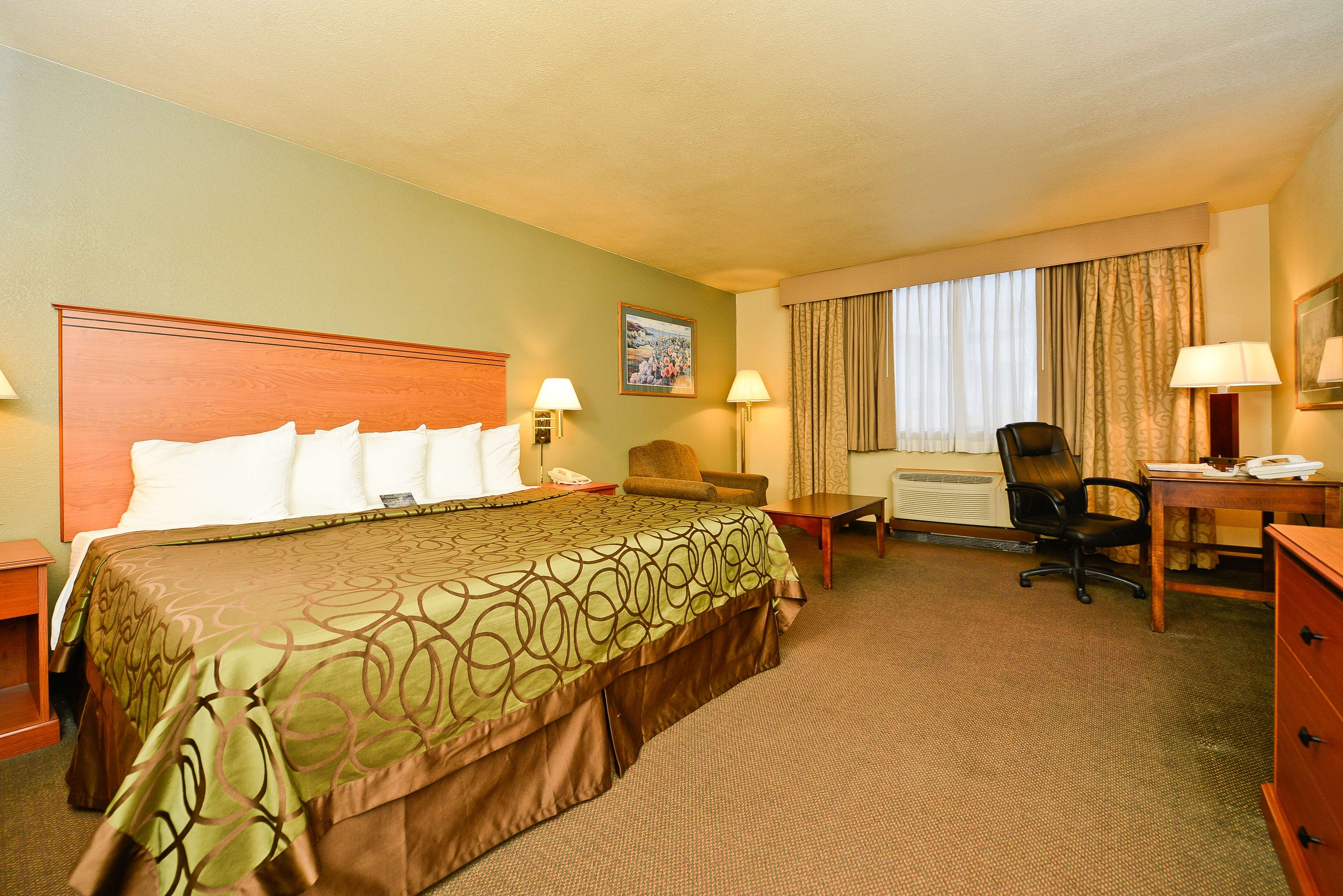 Best Western Green Bay Inn Conference Center image 20