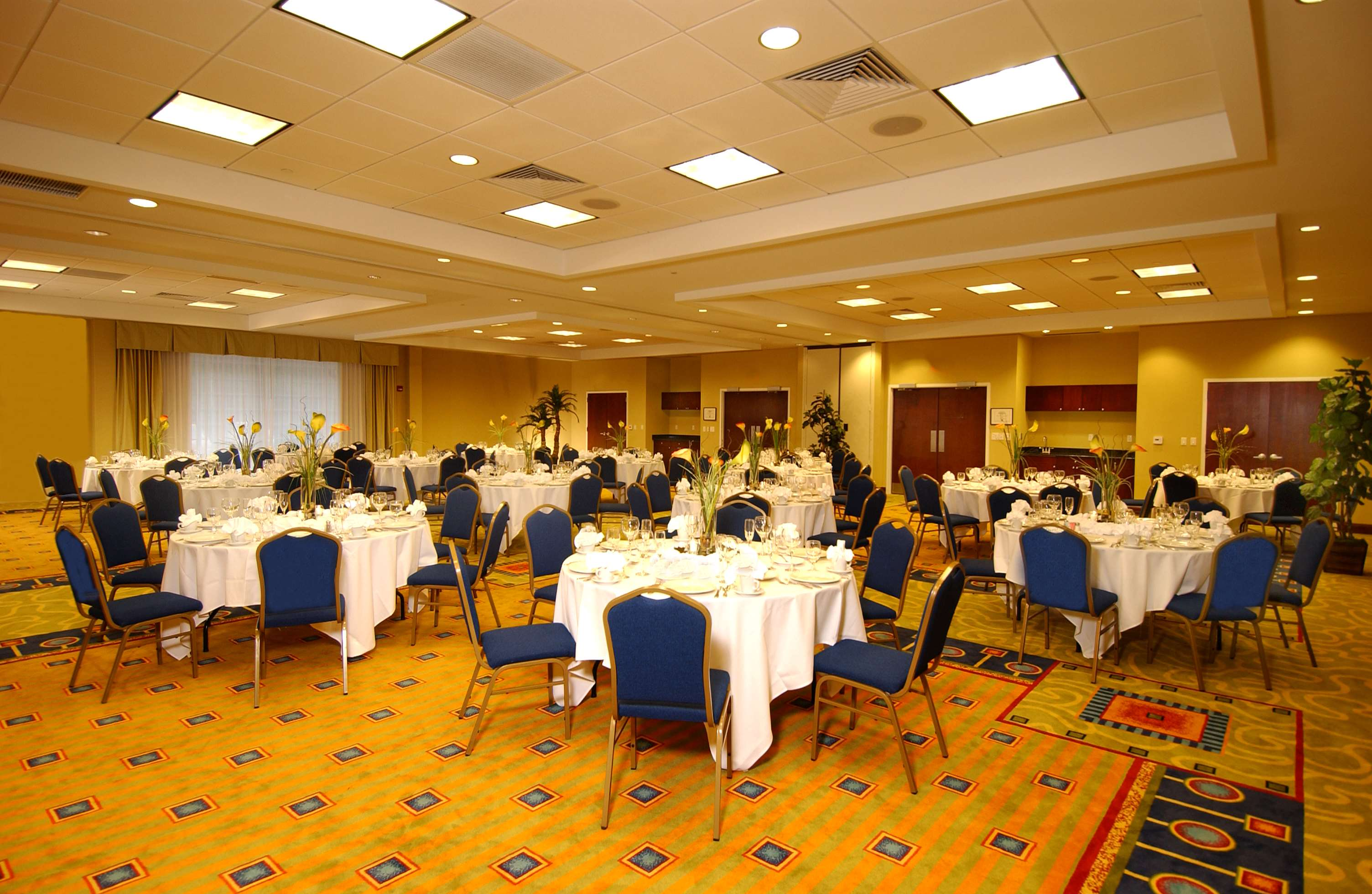 DoubleTree by Hilton Hotel Greensboro image 2