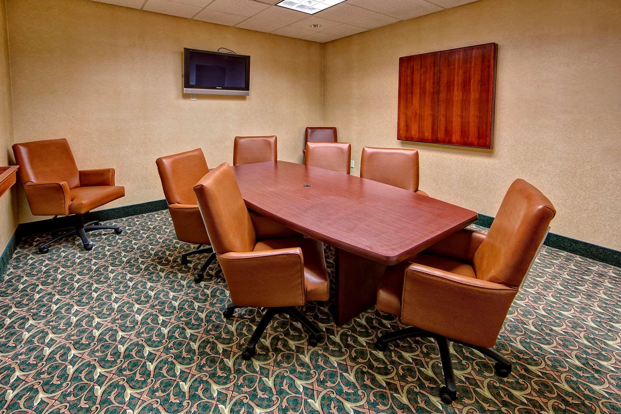 Hampton Inn & Suites Cashiers-Sapphire Valley image 29