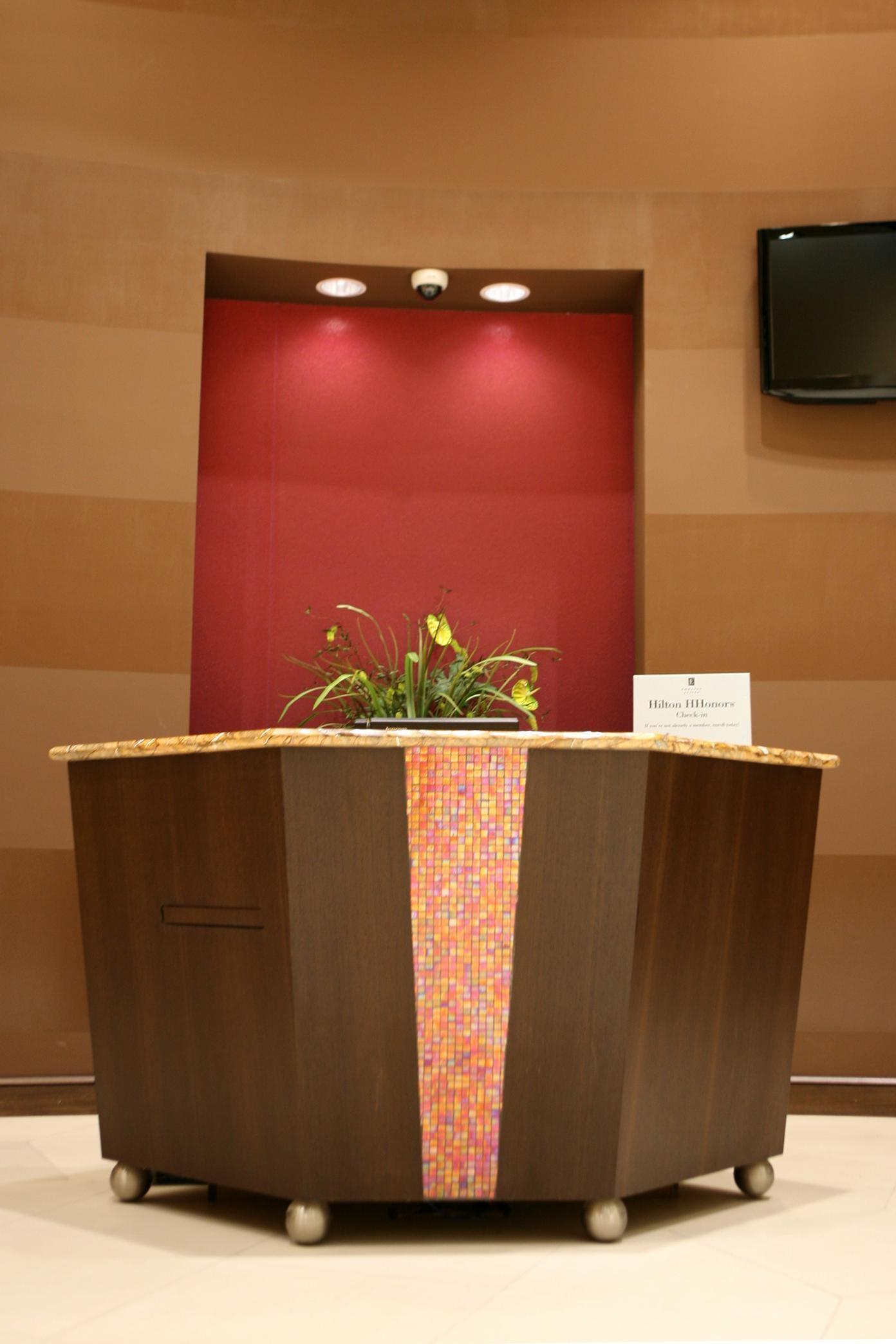 Embassy Suites by Hilton Birmingham Hoover image 7
