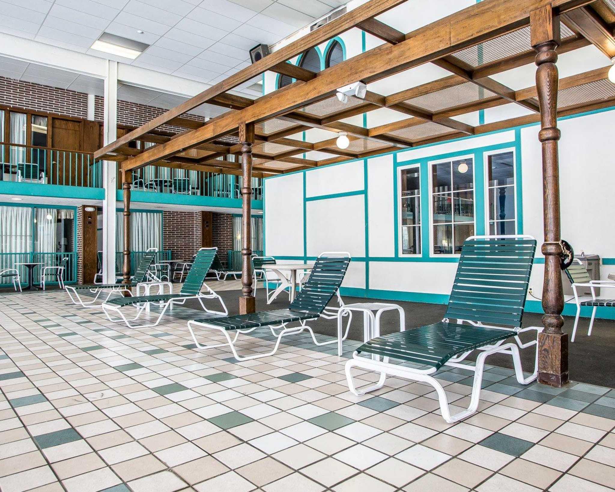 Clarion Hotel Highlander Conference Center image 11