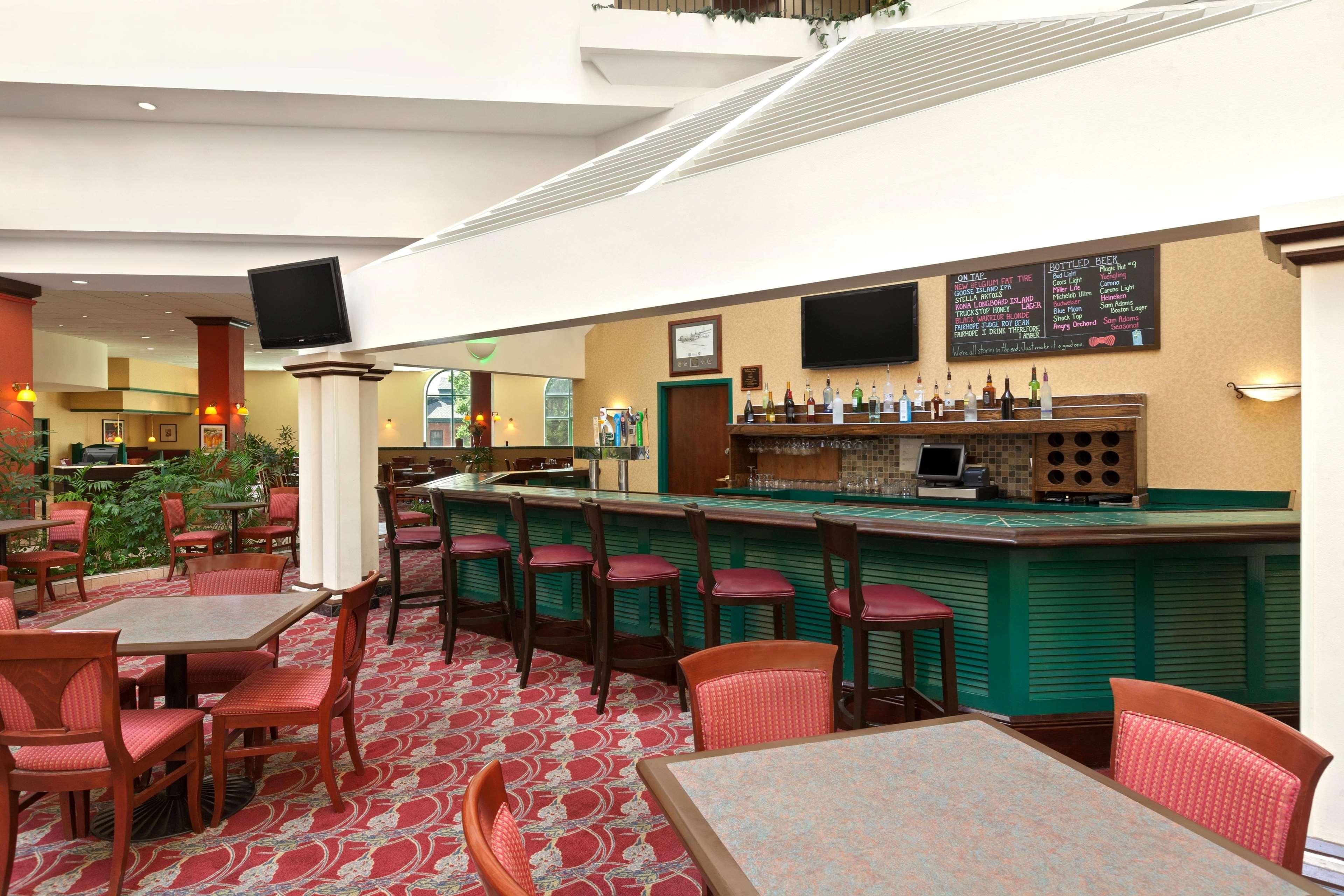 Fountain Court Bar
